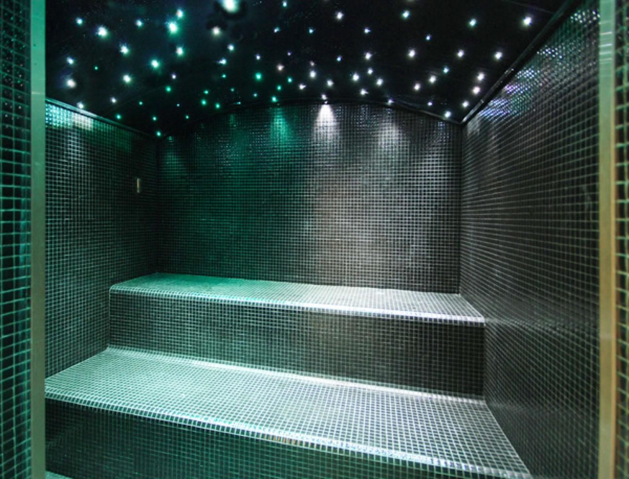 Centro benessere royalpool piscine su misura materiali per ville e casali puglia e basilicata - Effetti benefici del bagno turco ...