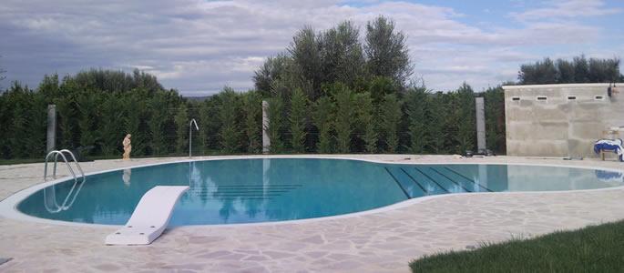 Benvenuto su RoyalPool - Piscine su misura, materiali per ville e casali: Puglia e Basilicata